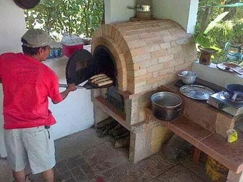 Locos por los hornos de le a horno amigo en sonsonate el - Como hacer pizza en horno de lena ...
