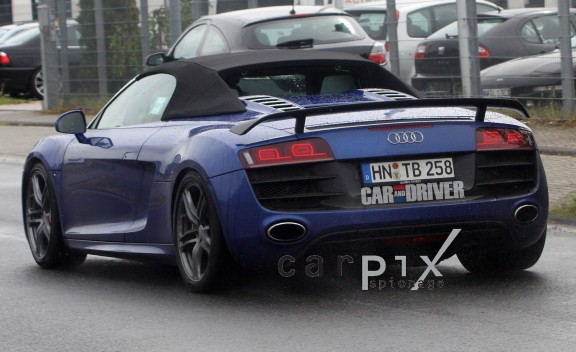 Spy Photos: 2012 Audi R8 GT Spyder