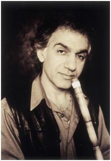 عمر فاروق ...موسيقى من عالم آخر