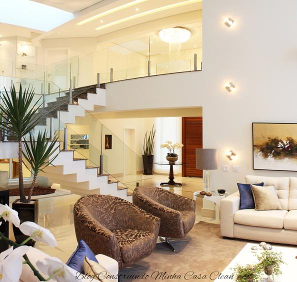 Sala De Tv Mezanino ~  de luz e spots no pé direito duplo e arandelas na sala de estar! Amo