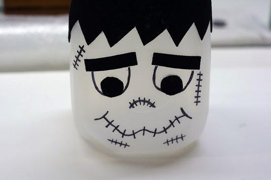Adesivo Carenagem De Kart ~ Cantinho da Bé Artesanato Halloween, Frankenstein na garrafa plástica