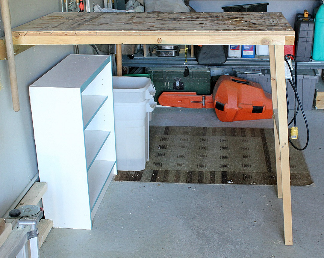 Turtles and tails fold up garage worktable for Table up down extensible