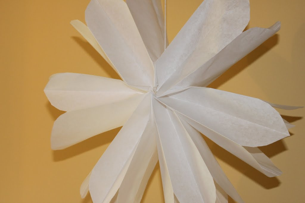 Diy paper bag hanging stars or flowers tutorial mirabelle creations i used white paper bags to make this hanging paper bag flower party shops carry an array of colorful bags so dont feel limited to just white or tan mightylinksfo