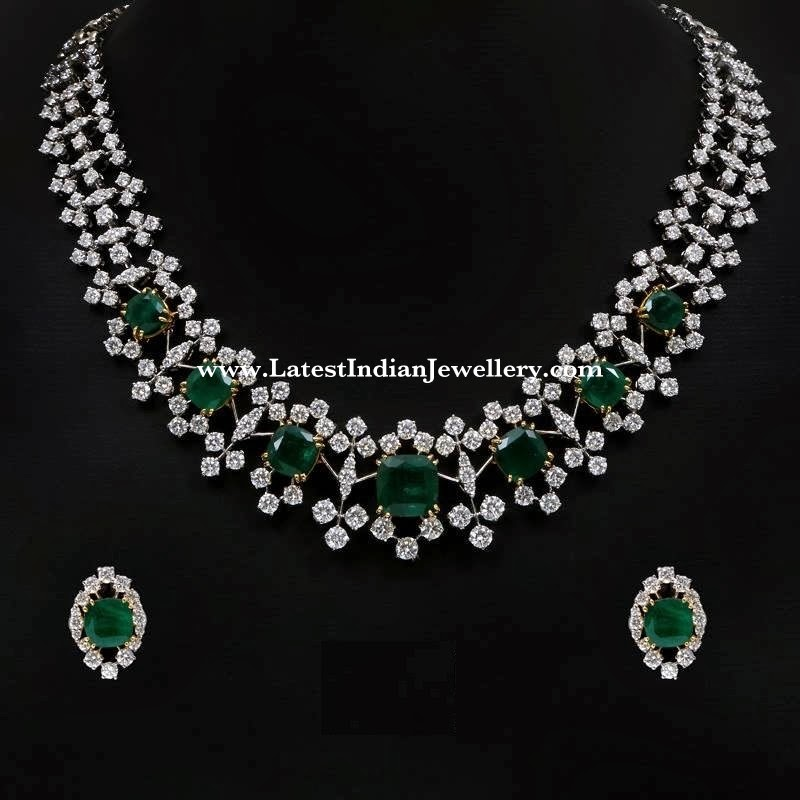 Striking Victorian Diamond Necklace