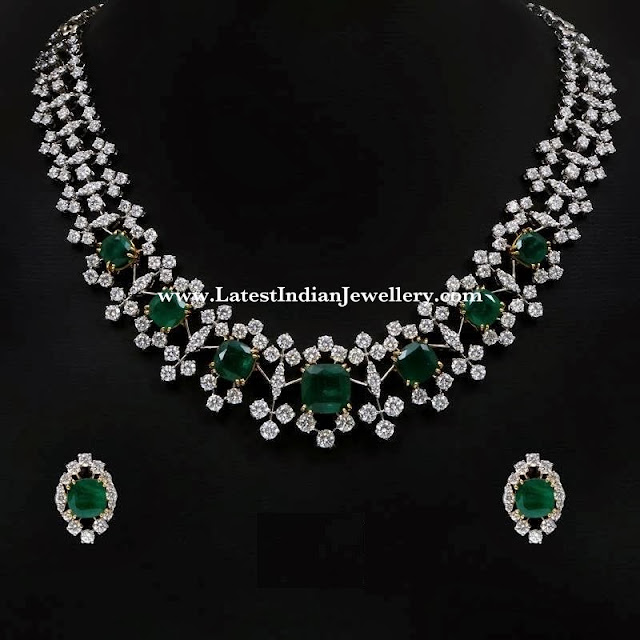 Striking Victorian Diamond Necklace