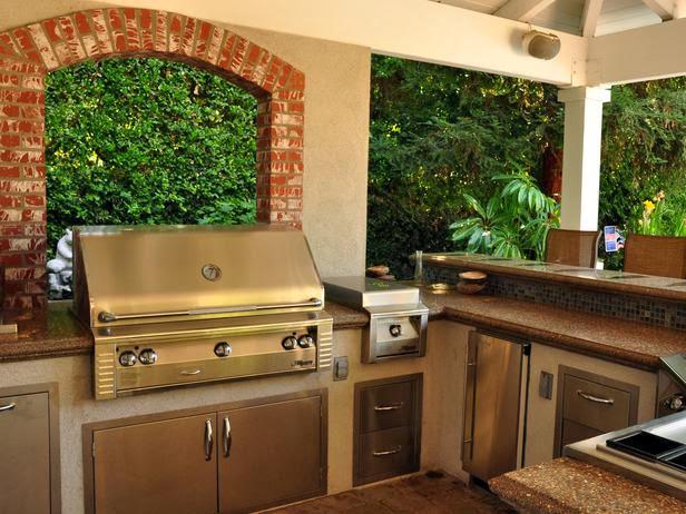All the Amenities, Desain Dapur Klasik Outdoor