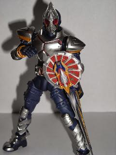 SH Figuarts Kamen Rider Blade with Rouzer