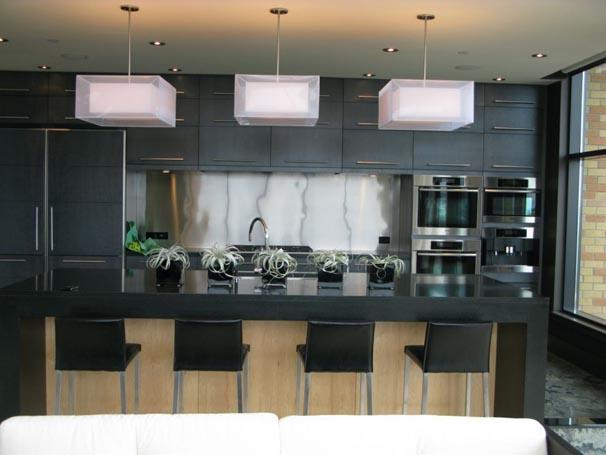 Black Interior for Modern Kitchen Design Ideas