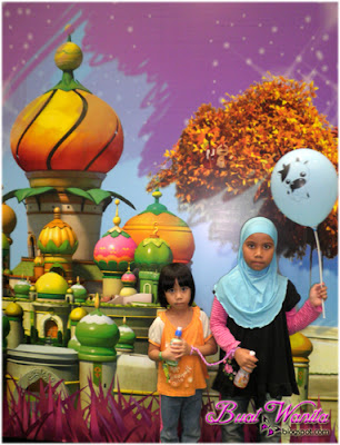 U&I. Karnival Upin & Ipin 2015 Di Maeps Serdang Meriah. Karnival Upin & Ipin Di Maeps Serdang 2015 Seronok.