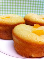 Peach Financiers