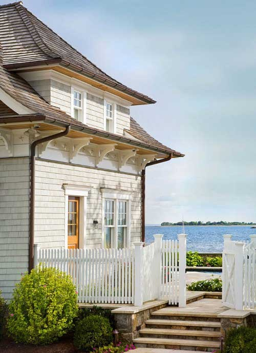 Cape cod style homes association of design education for Cape cod beach homes