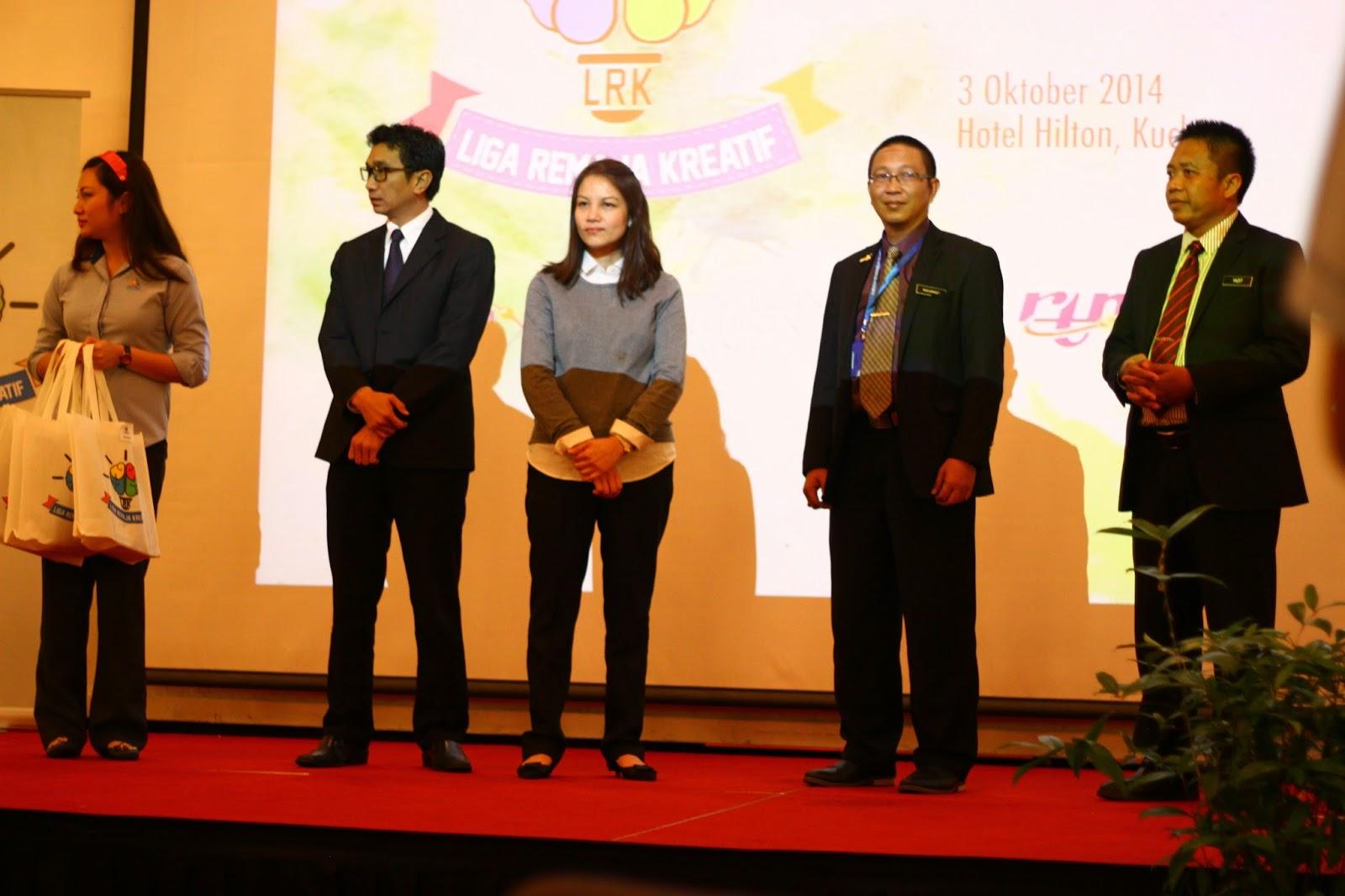 Pemenang tempat ketiga adalah daripada SMK Lopeng Tengah, Miri