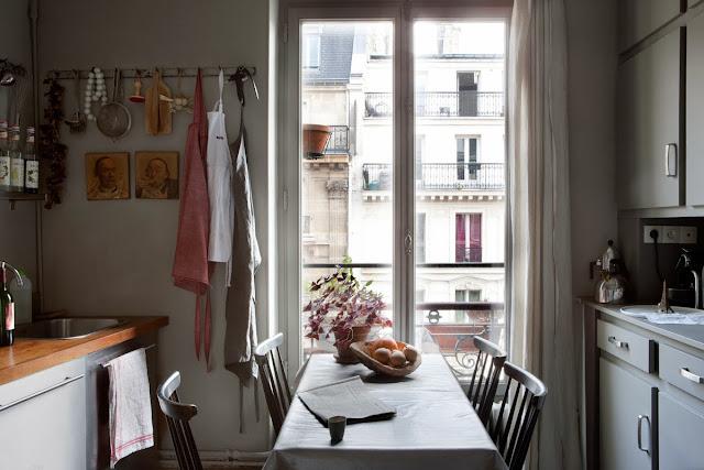Chez Brigitte et Ivan, Photo Paul Reaside, via Le Petit Florilège décoration intérieure à Bordeaux