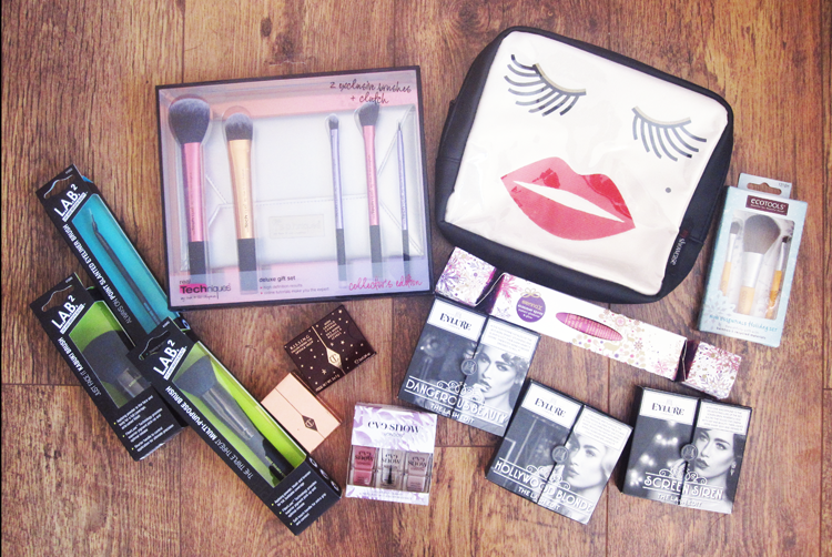 Christmas Gift Guide 2015: Gift Ideas for Makeup Lovers