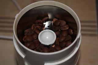 http://www.dmg-herbaty.pl/sklep/kawa-aromatyzowana-pomara%C5%84czowa?search=pomara%C5%84czowa