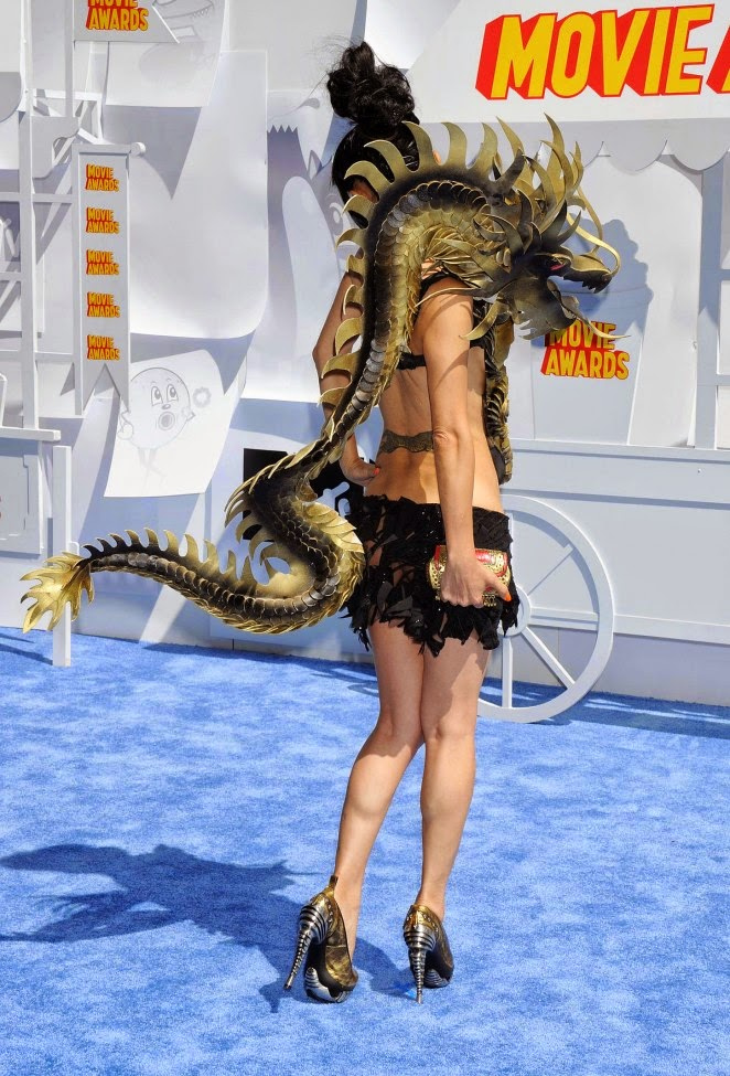 Bai Ling dresses up as a dragon for the 2015 MTV Movie Awards