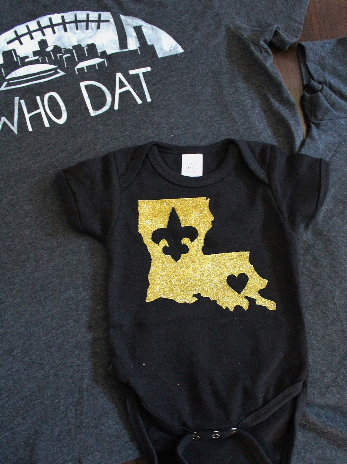 Nadia 39 s diy projects 3 diy new orleans saints t shirt designs for Shirt printing new orleans