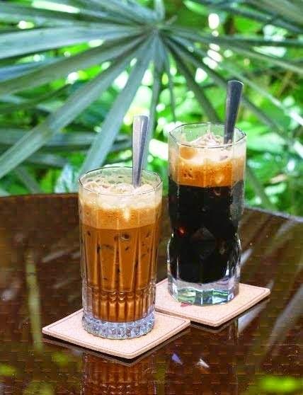 truyện ngắn cà phê den và cà phê sữa