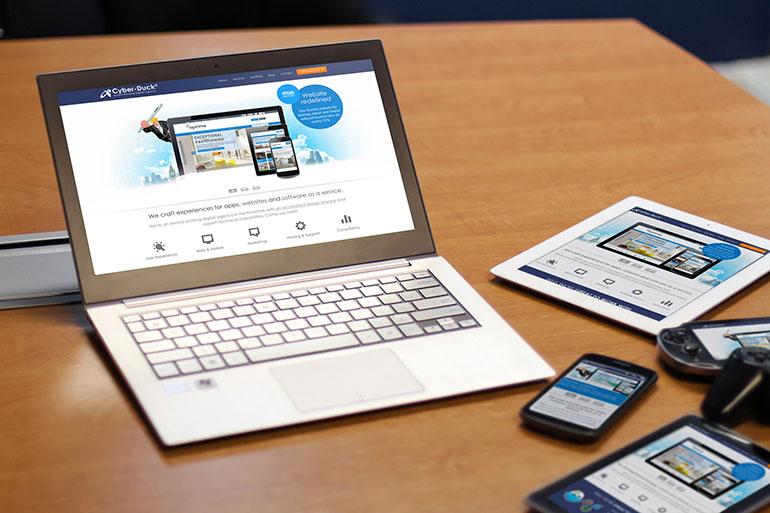 Nên thiết kế giao diện dành riêng cho Mobile hơn là Reponsive Web
