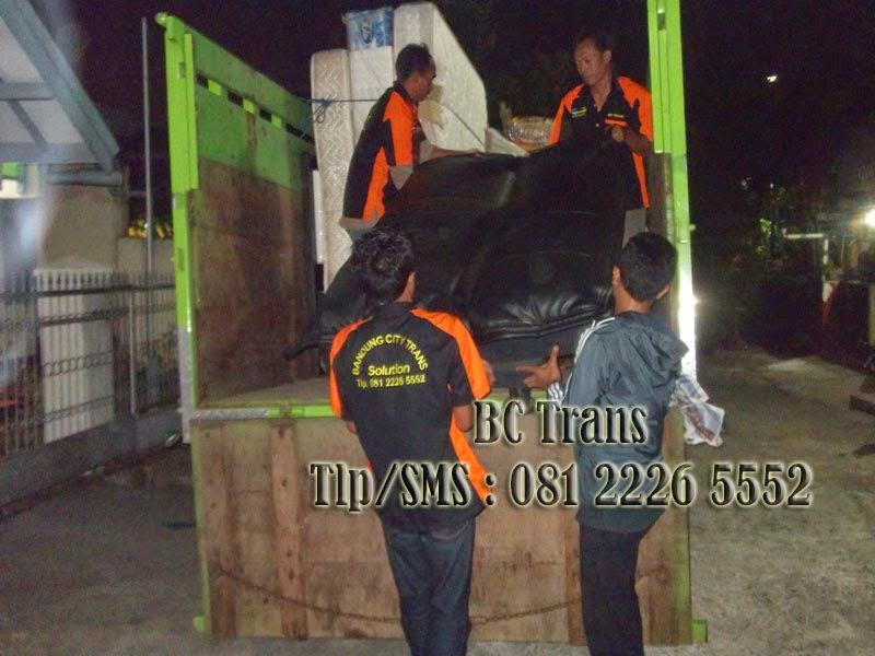 Jasa Angkut Pindahan Rumah Bandung, HARGA SEWA TRUK ENGKEL BOX, HARGA SEWA TRUK BOX, SEWA TRUK BOX