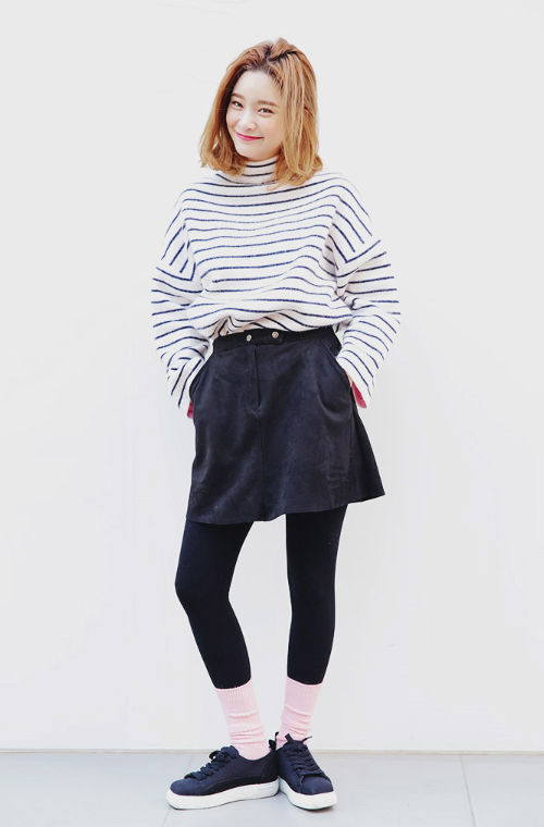 Loose Striped Turtleneck Pullover