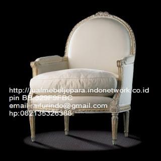 sofa klasik french style classic,sofa klasik jepara Mebel furniture klasik jepara jual set sofa tamu ukir sofa tamu jati sofa tamu antik sofa jepara sofa tamu duco jepara furniture jati klasik jepara SFTM-33068