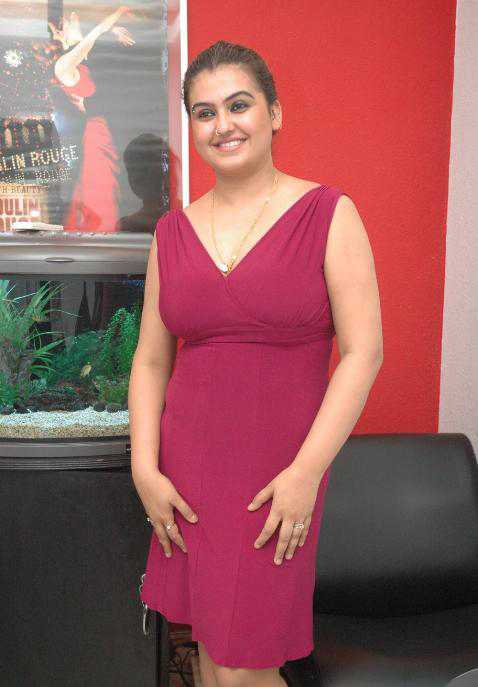 sona red purple beauty unseen pics