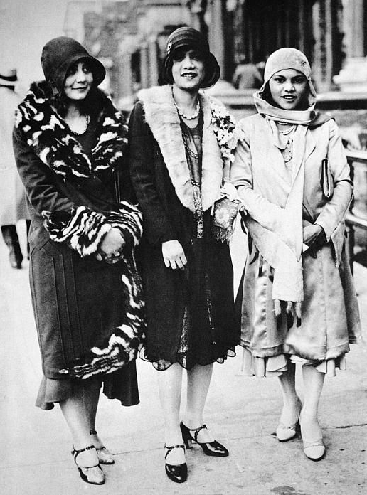 Flapper Winter #1920s #fashion #vintage #winter #flapper