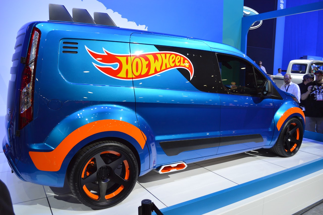 automotiveblogz ford transit connect hot wheels sema 2013 photos. Black Bedroom Furniture Sets. Home Design Ideas