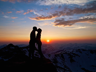 Best Romantic Couples With Love In Mountain