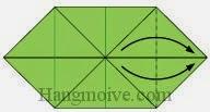 Bước 6: Gấp hai cạnh của lớp giấy trên cùng về phía bên phải, vị trí gấp là đường đứt đoạn.