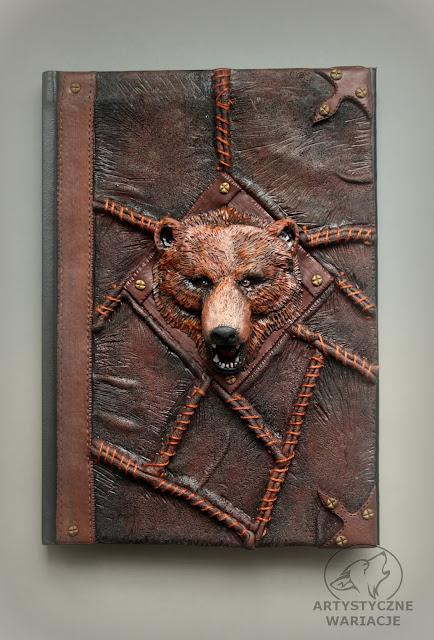 Niedzwiedzia księga/ Grizzly Bear Book- polymer clay cover