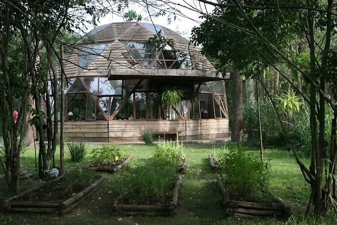 Moon to moon the beautiful wooden dome house in a forest for Forest house