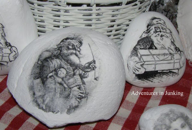 Image transfer on rocks for Christmas - featured at KnickofTime.net