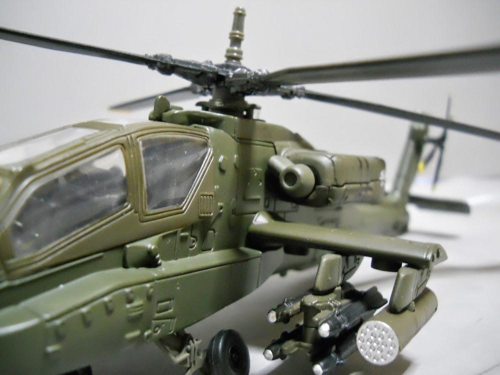 aspas de helicoptero apache