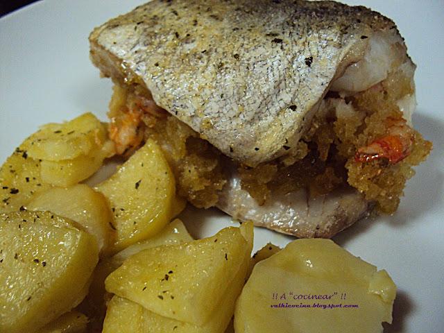 Merluza o pescadilla rellena al horno a cocinear for Merluza rellena al horno