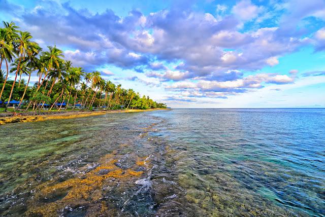 Pantai-Namalatu.jpg