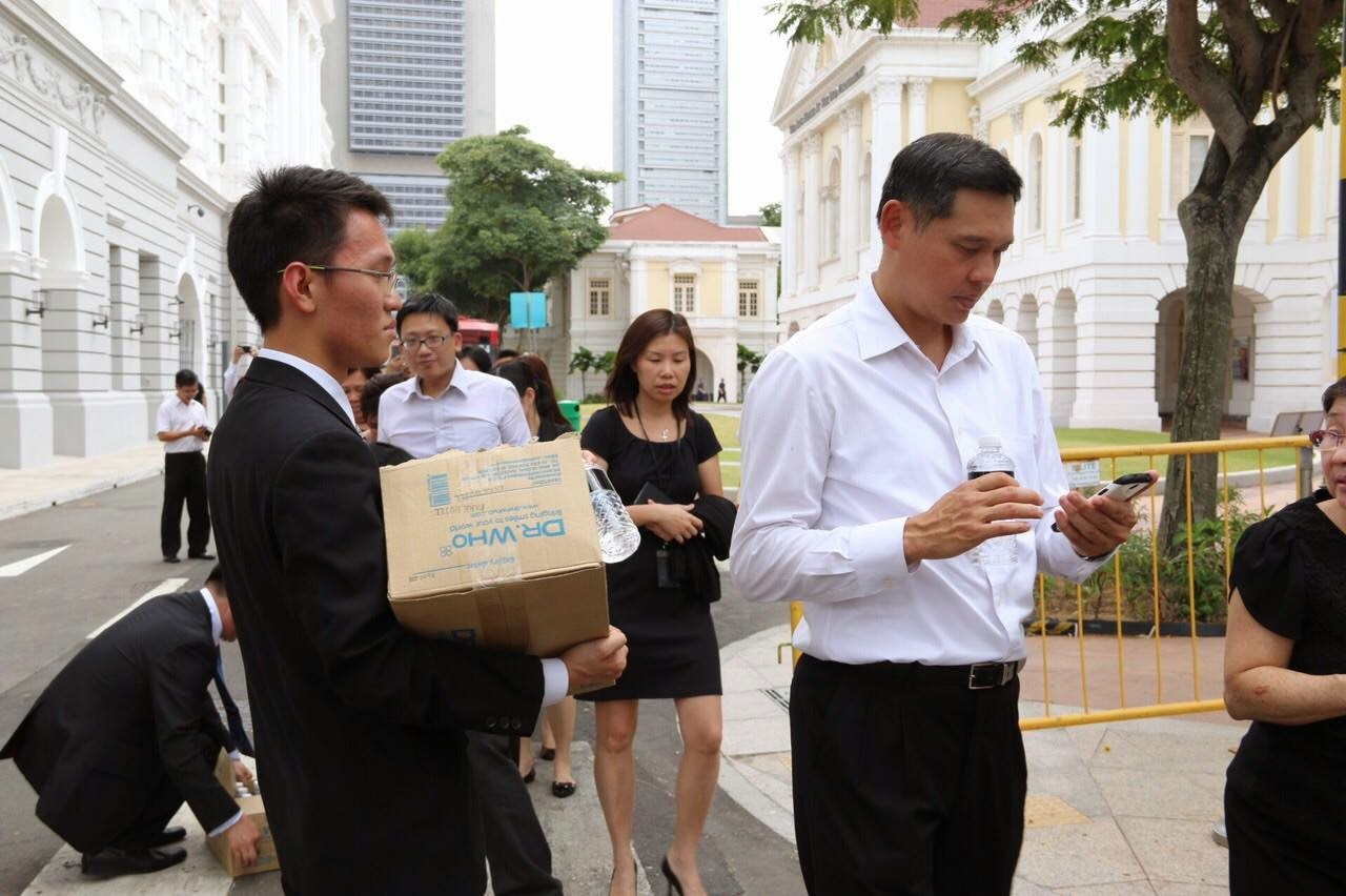 singaporean male resume