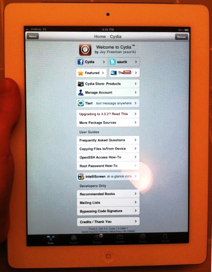 iPad 2 hacked