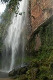 Air Terjun Payakumbuh di Ngarai Harau (150 meter)