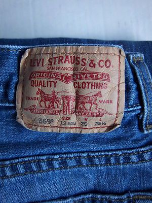 Vía Pinterest por Sandra Zawistowski en http://www.ebay.com/itm/Levi-Blue-Jeans-Red-Label-Size-12-R-Denim-569-Strauss-Girls-Loose-Straight-Euc-/130969708347?