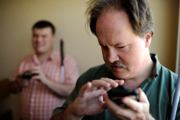 blind user using smartphone