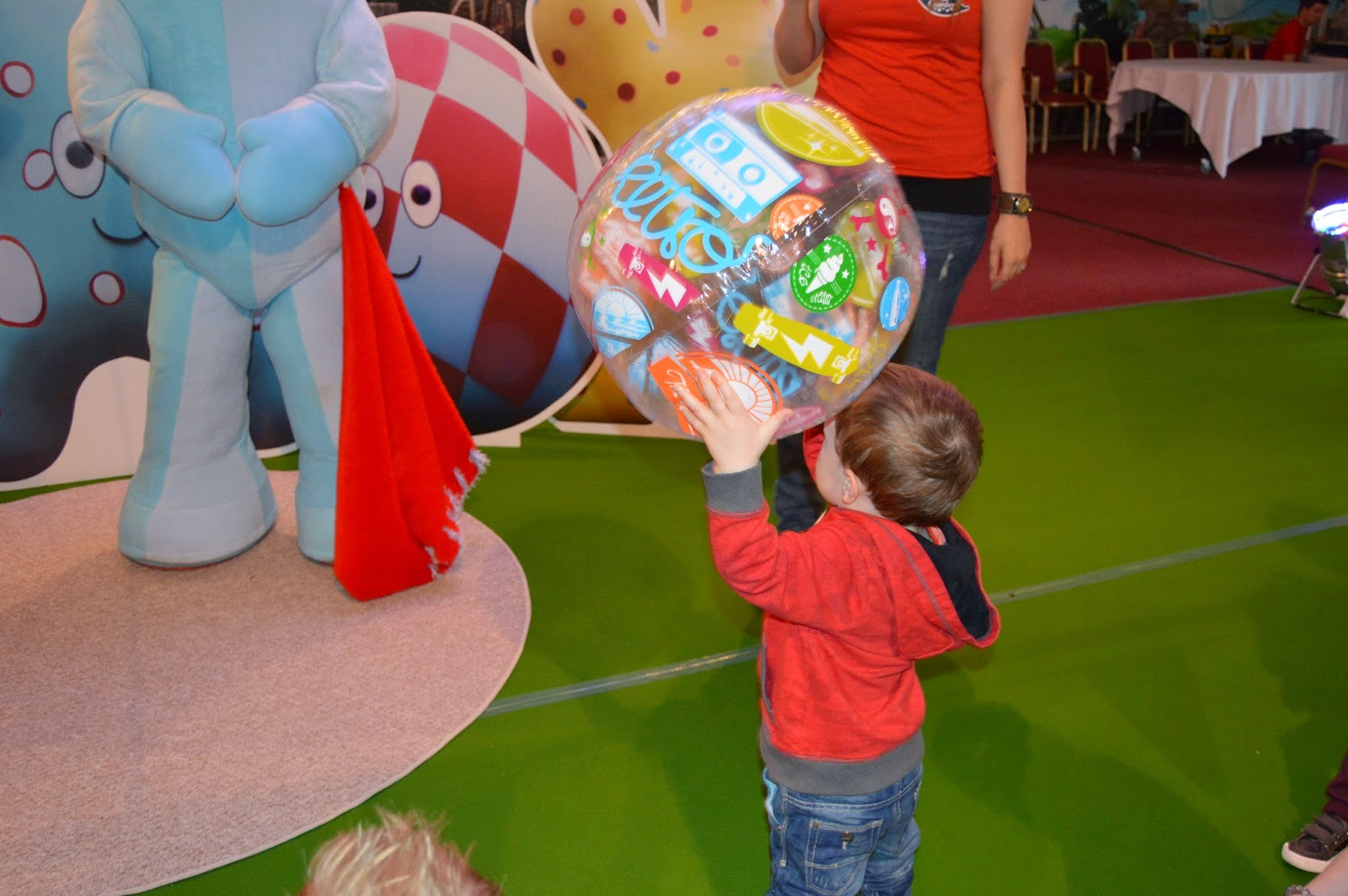 In The Night Garden Party At Alton Towers | Playdays and Runways