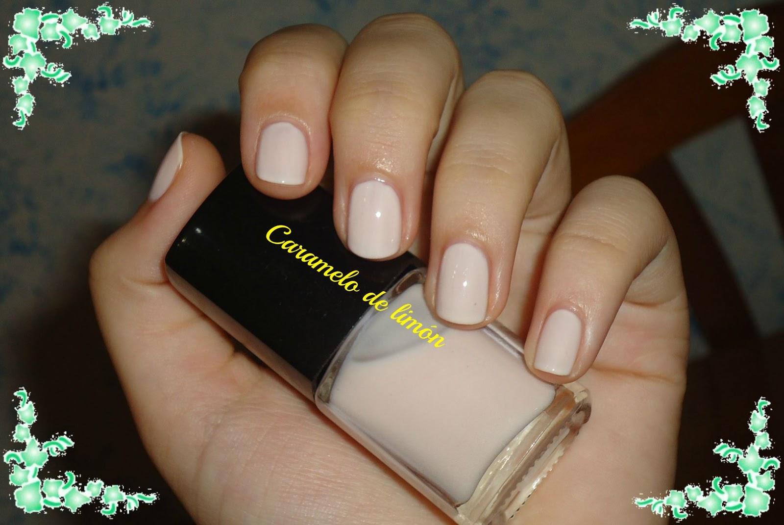 uñas pintadas un solo color