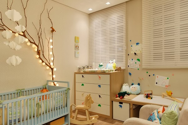Inspirations kids on pinterest bebe baby rooms and petite fille for Deco chambre bebe mansardee 2