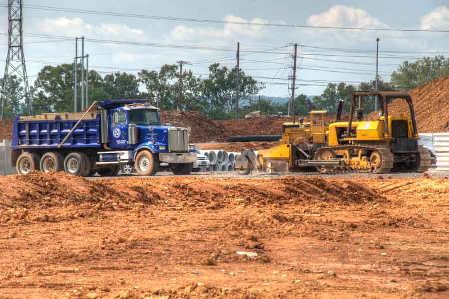 construction of new Kroger center, dirt moving
