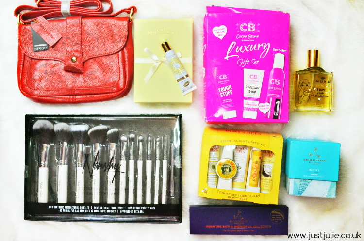 One year Blog Anniversary Giveaway Worth over £400!