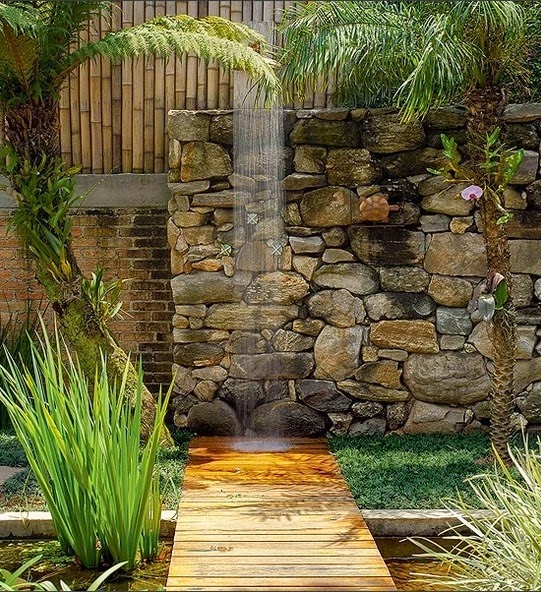 Imagem casa e jardim - Duchas pequenas ...