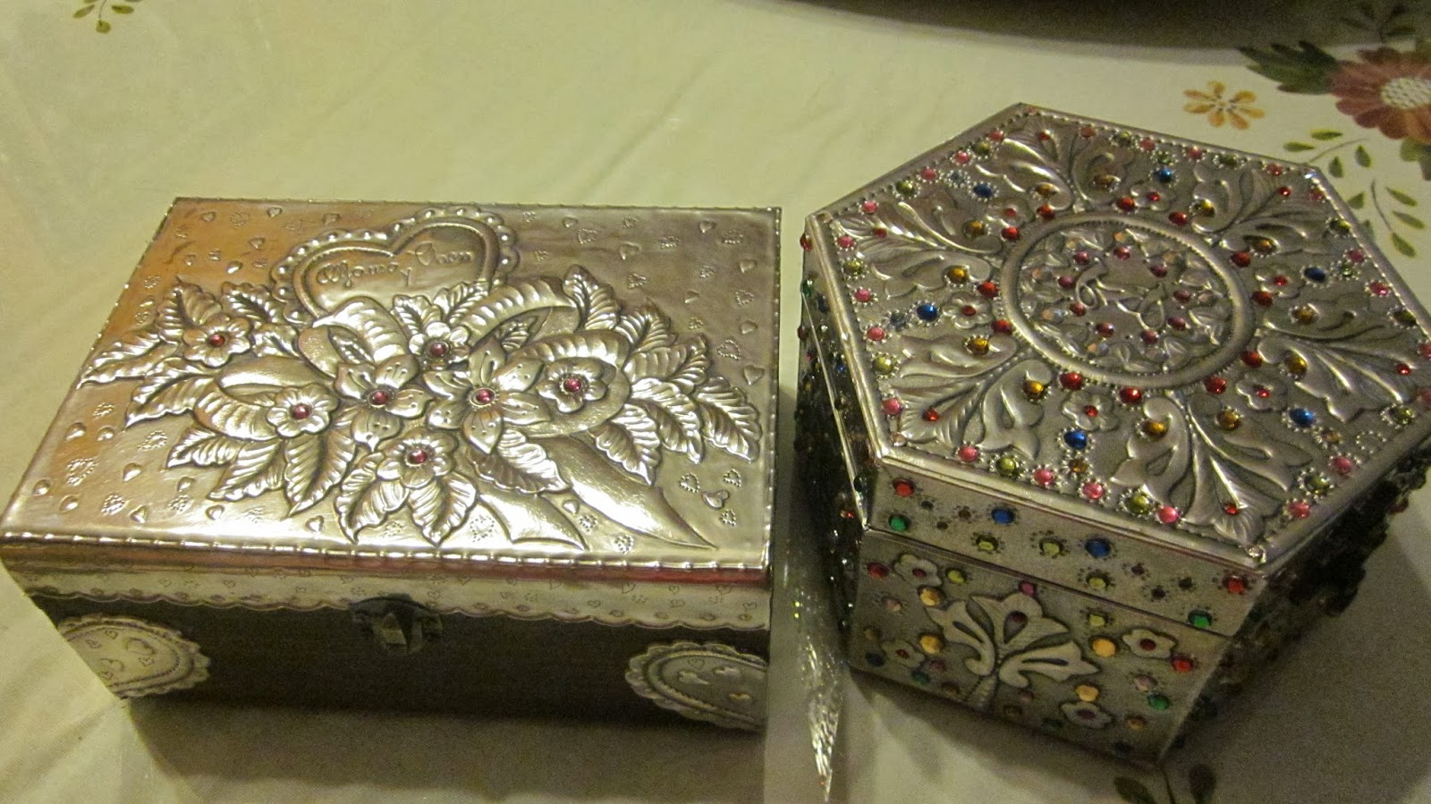 El rinc n de las manualidades de tere cajas decoradas con for Manualidades con estano