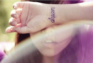 'Sin ser tatuaje, me has marcado.